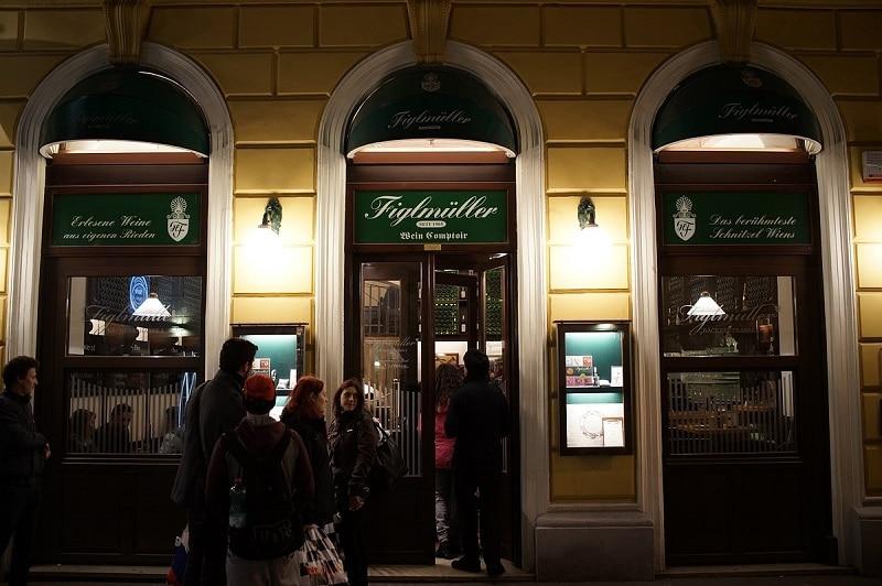 Dinning in Vienna 8