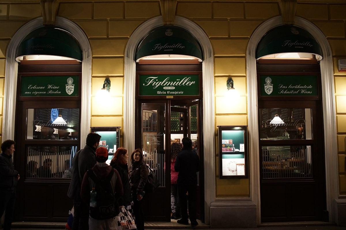 Dinning in Vienna